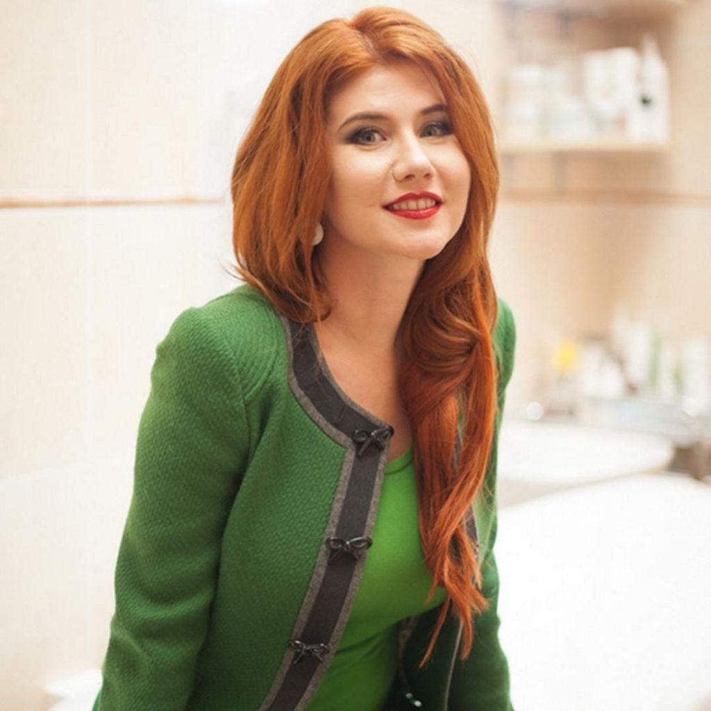 Liburannya Anna Chapman, Model Cantik Mantan Mata-mata Rusia
