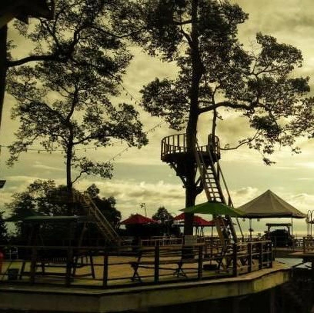 Lampung Punya Puncak Seindah Ini