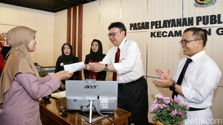 Pasar Pelayanan Publik di Banyuwangi Diresmikan, Pertama di Indonesia