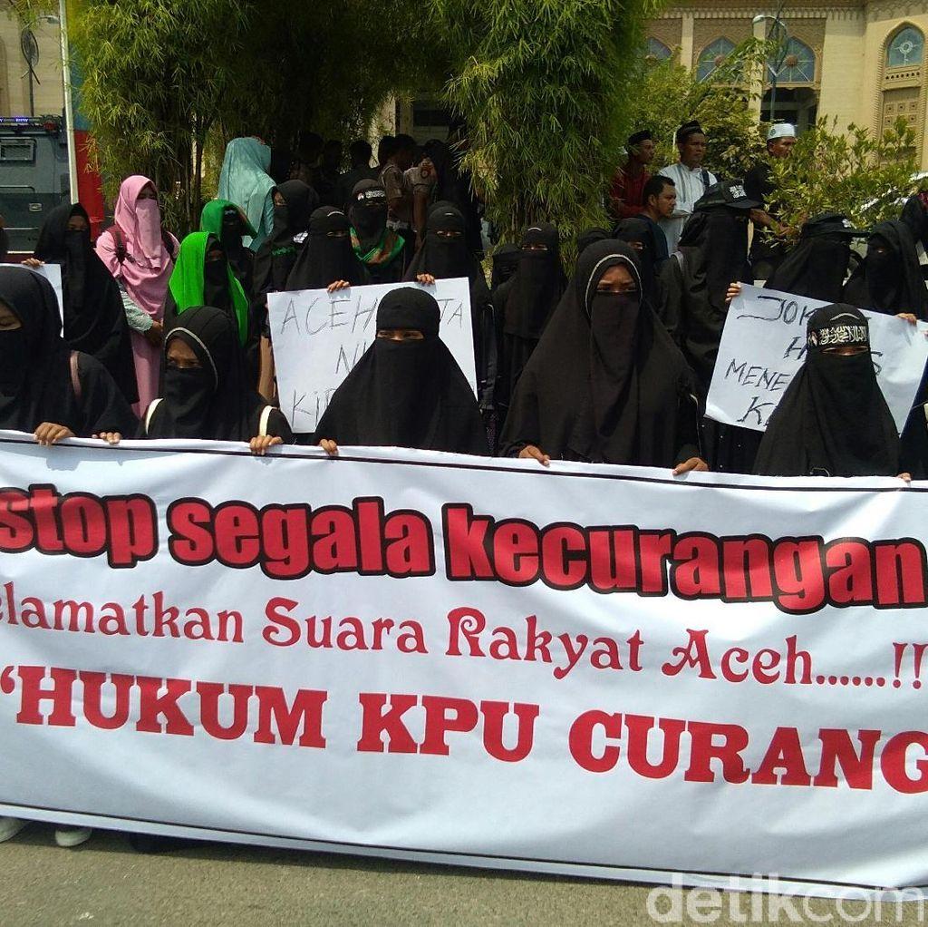 Minta KPU Adil, Massa di Lhokseumawe Aceh Gelar Aksi Damai