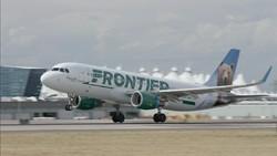 Pramugari Pergoki Sayap Pesawat Dilapisi Es Tepat Sebelum Take Off