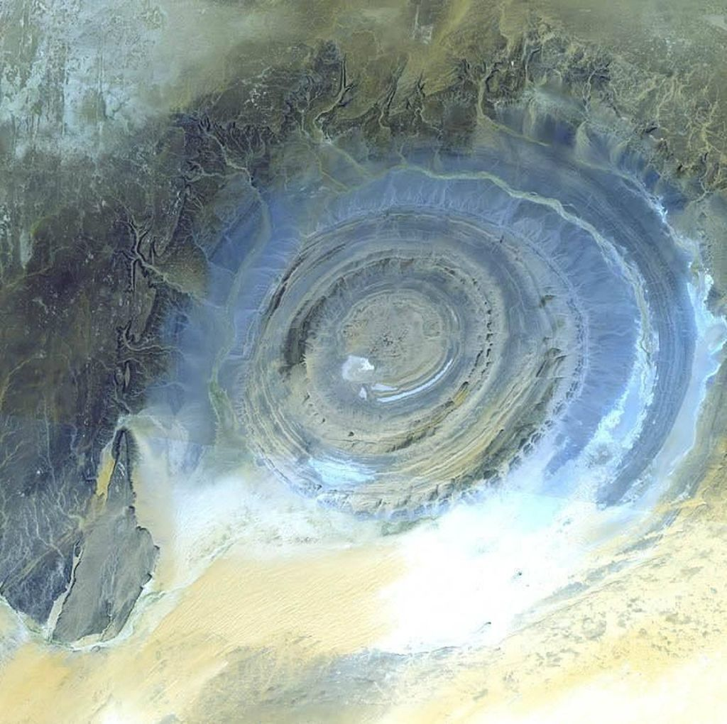 Misteri Bernama Mata Sahara