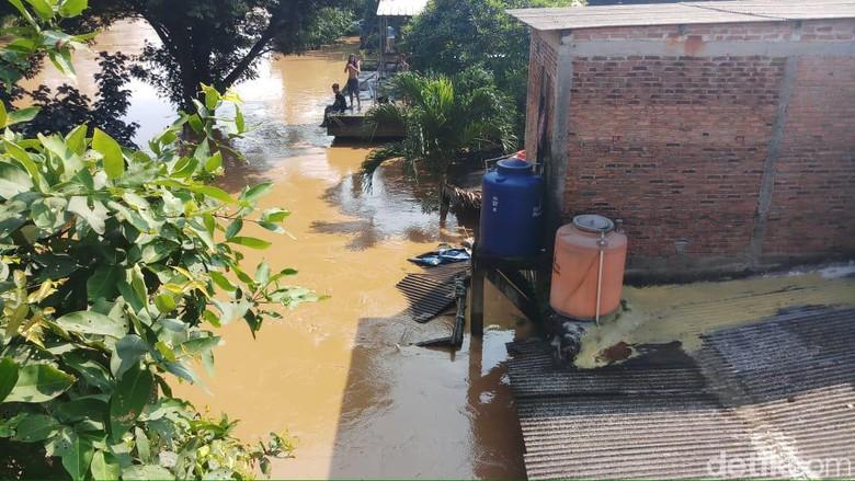 Penampakan Banjir yang Rendam 7 RW di Pejaten Timur