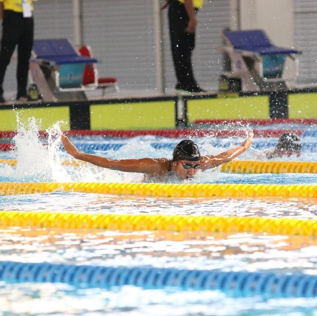 Adinda Pertajam Rekornas 100 Meter Gaya Kupu-kupu di FAI 2019