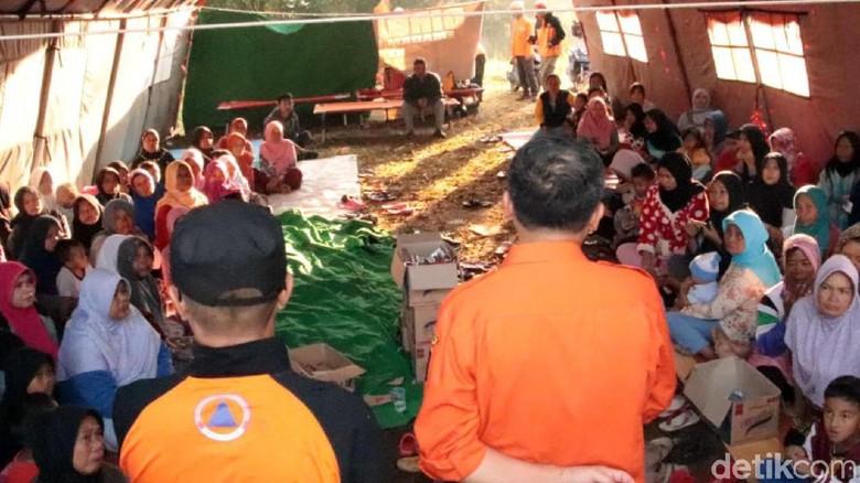 Pergerakan Tanah di Sukabumi, 144 Orang Mengungsi