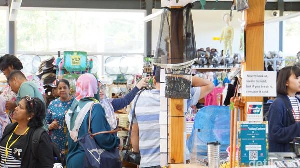 Tips berbelanjanya, teliti sebelum membeli, perhatikan jam buka, jangan lupa minta Tax Refund jika belanja minimun AUD 300 di satu toko (Masaul/detikcom)