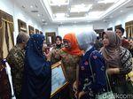 Pemprov Jatim Santuni Keluarga 53 Petugas Pemilu yang Meninggal