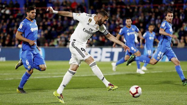 Real Madrid terlalu bergantung pada Karim Benzema untuk mencetak gol saat ini.