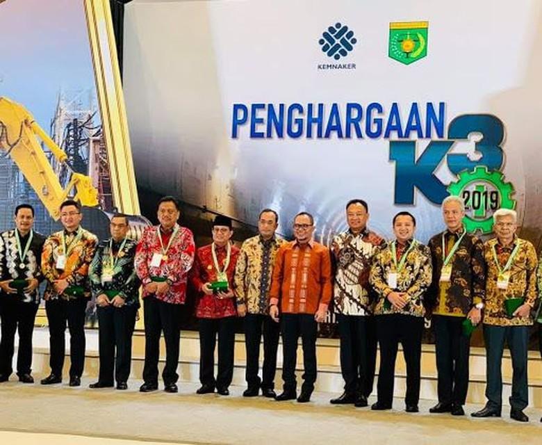 Gubernur Sulut Raih Penghargaan Jadi Pembina K3 Terbaik