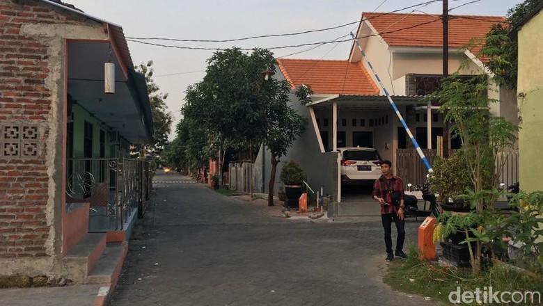 Pria Pamer Alat Kelamin Teror Emak-emak Satu Perumahan di Kota Mojokerto