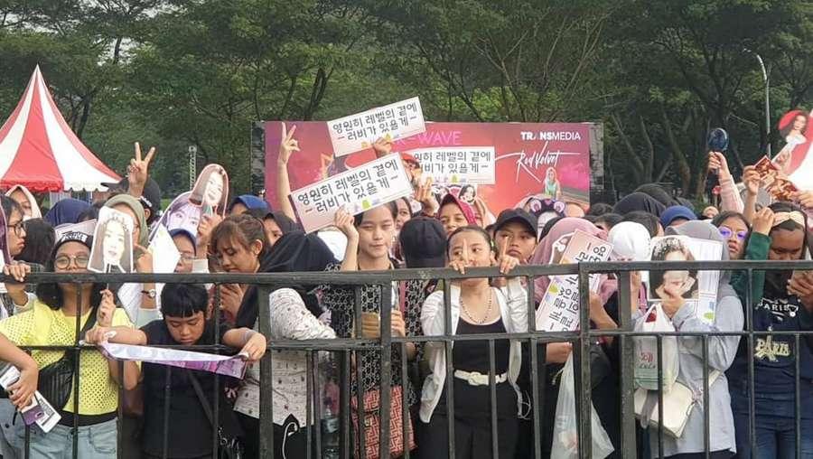 Mengintip Persiapan Panggung Jelang Konser Red Velvet