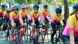 Ratusan Pesepeda Ikut Banyuwangi Women Cycling Challenge