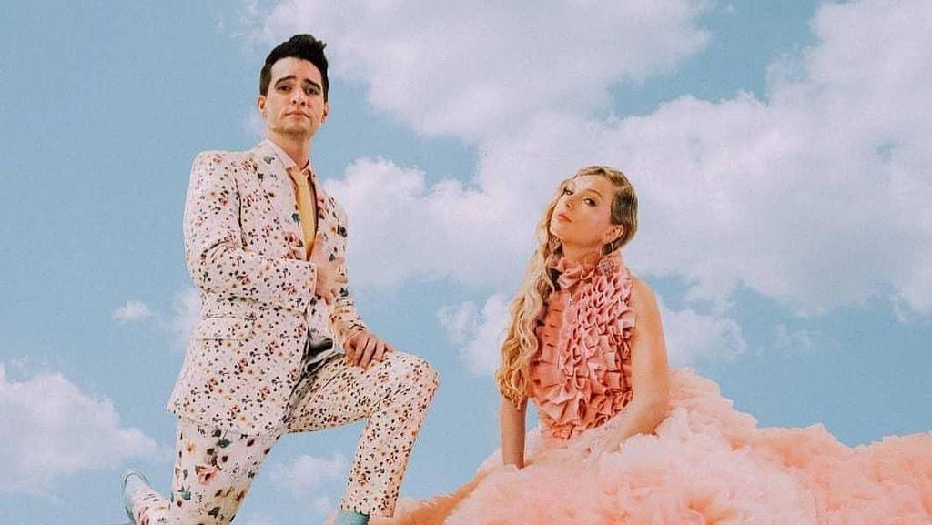 Taylor Swift Pakai Rok Karya Desainer Indonesia di Video Klip Terbaru ME
