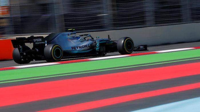 Valtteri Bottas merebut pole di kualifikasi GP Azerbaijan (Foto: Maxim Shemetov/Reuters)