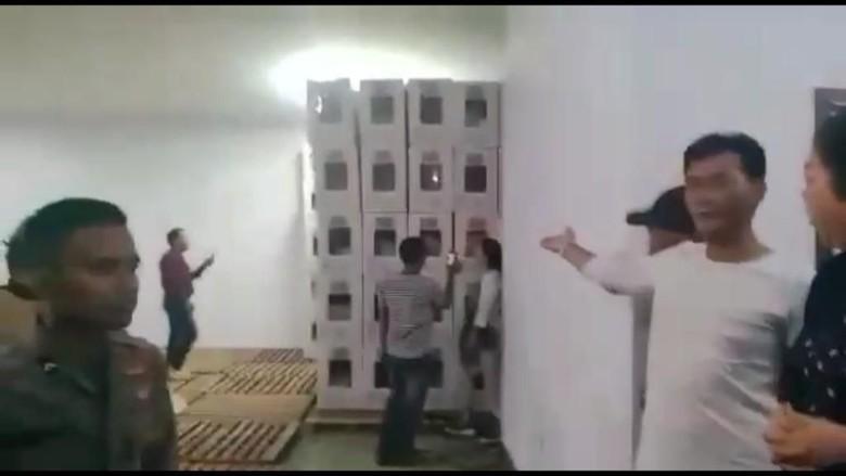 Polisi Panggil Istri Eks Danjen Kopassus Agus Sutomo soal Sidak Gudang KPU Bekasi