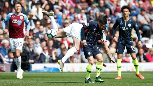 Hasil Liga Inggris: Aguero Bawa Man City Salip Liverpool