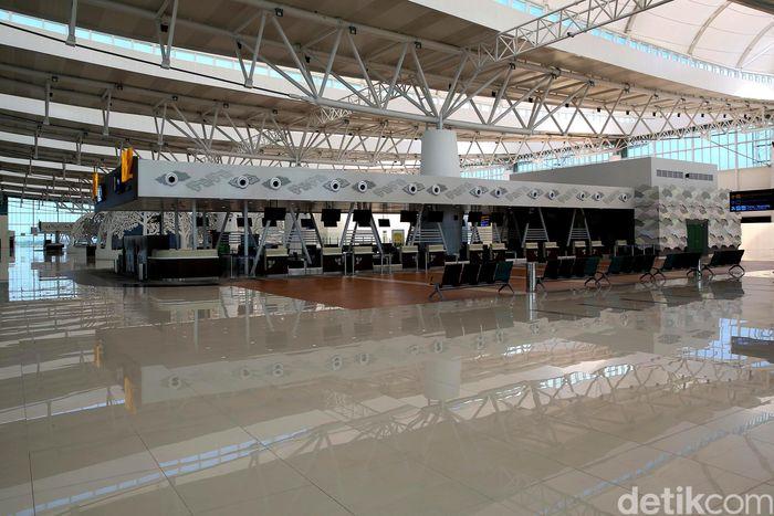 Direktur Keuangan dan Umum BIJB Muhammad Singgih mengatakan seharusnya terdapat aktivitas di sebuah bandara per harinya.