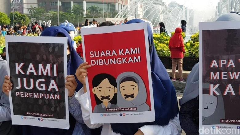 RUU PKS: Paksa Anaknya Nikah, Ayah Dihukum 15 Tahun Penjara
