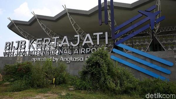 Bandara Kertajati dibangun di atas lahan seluas 1.800 hektar. Bandara yang digagas sejak tahun 2003 sebagai solusi kepadatan bandara Husein Sastranegara di Bandung ini akhirnya diresmikan pada 2018 lalu.Foto: Rachman Haryanto.