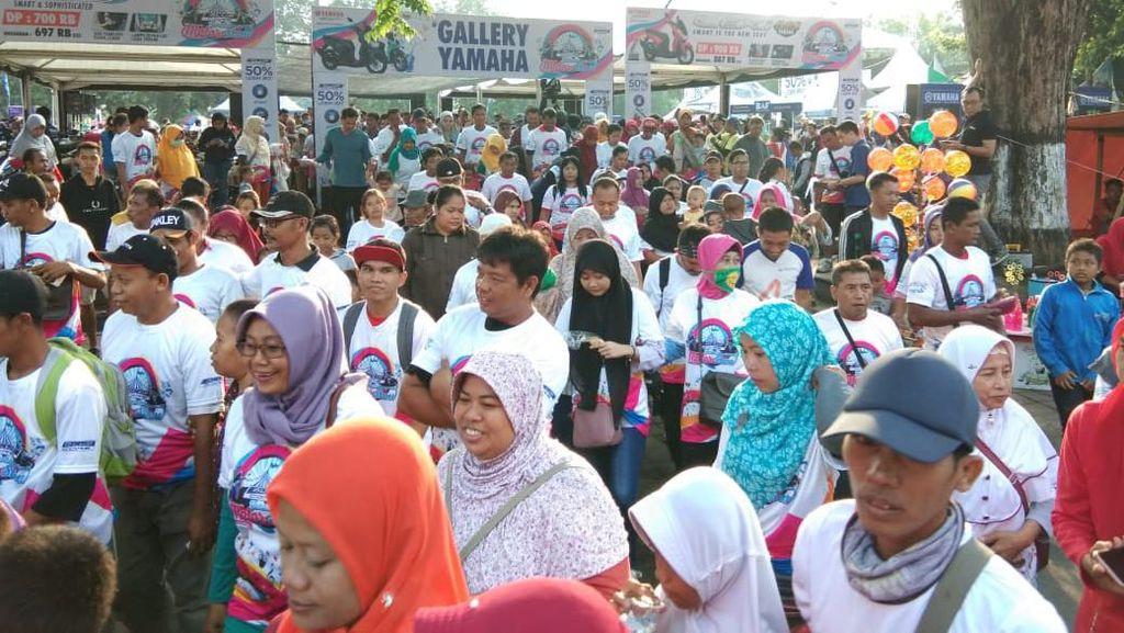 Bareng CFD, Ribuan Warga Klaten Ikuti Fun Walk BYMS 2019