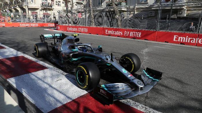 Valtteri Bottas menangi GP Azerbaijan 2019 (REUTERS/Anton Vaganov)