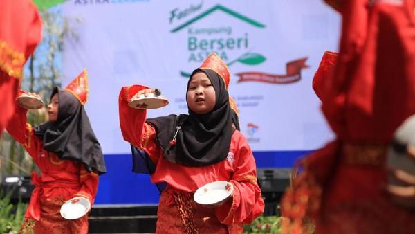 Seni tari menjadi ajang promosi pariwisata dan kebudayaan Indonesia. Keunikan ini membuat Indonesia memiliki daya tarik dibanding negara lain (Istimewa)
