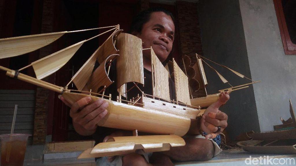 Miniatur Perahu Pinisi Karya Difabel Keren Banget