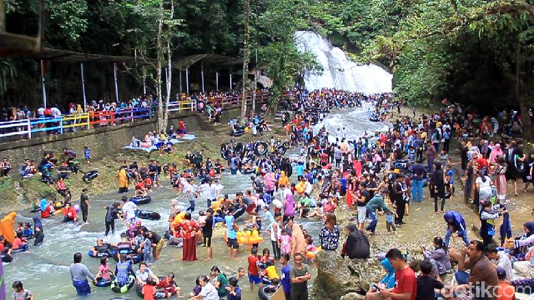 Ramainya wisata alam Bantimurung jelang bulan Ramadan (Bakrie/detikcom)
