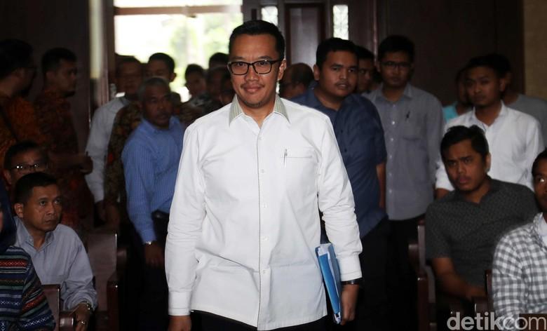 Imam Nahrawi Datangi Kemenpora Usai Sampaikan Surat Mundur ke Jokowi