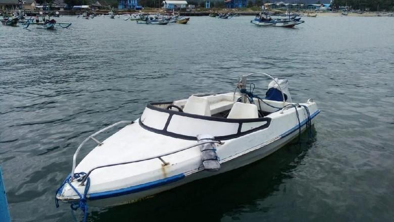 Speed Boat Tak Bertuan Ditemukan di Pantai Selatan Banyuwangi