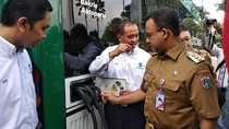 Anies Uji Coba Bus Listrik Transjakarta dari Balai Kota ke Bundaran HI