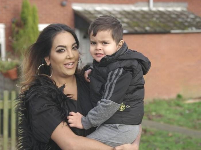 Laura dan putranya Leo Foto: dok. Channel 5
