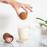 Keren! Sekarang Kamu Bisa Cetak Cokelat Telur Bentuk Wajah Sendiri