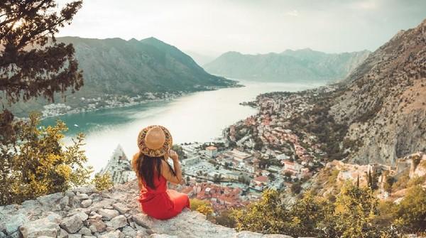 Bagaimana traveler, tertarik liburan ke Montenegro? (iStock)