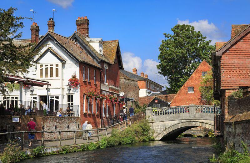 Menurut sejarah, sebelum London adapun ibu kota Inggris adalah Winchester. (iStock)