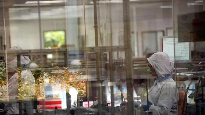 Pfizer Indonesia menginvestasikan teknologi otomatis terkini Restricted Access Barrier System (RABS) senilai USD 5 juta.