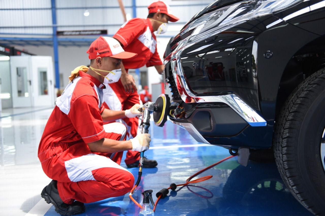Mitsubishi repair and painting dealers in Semarang, Central Java
