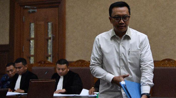 Imam Nahrawi sudah menyerahkan surat pengunduran diri sebagai Menpora pada Presiden Jokowi Foto: ANTARA FOTO/Sigid Kurniawan
