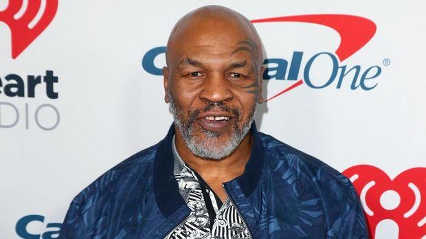 Mike Tyson sukses membangun bisnis ganjanya di Los Angeles. (