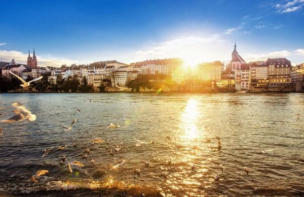 Tarif harian untuk setiap kota yang diukur ECA dihitung dalam dolar AS. Kota kedelapan termahal bagi pebisnis yakni Basel, Swiss dengan biaya harian USD 579 (iStock)
