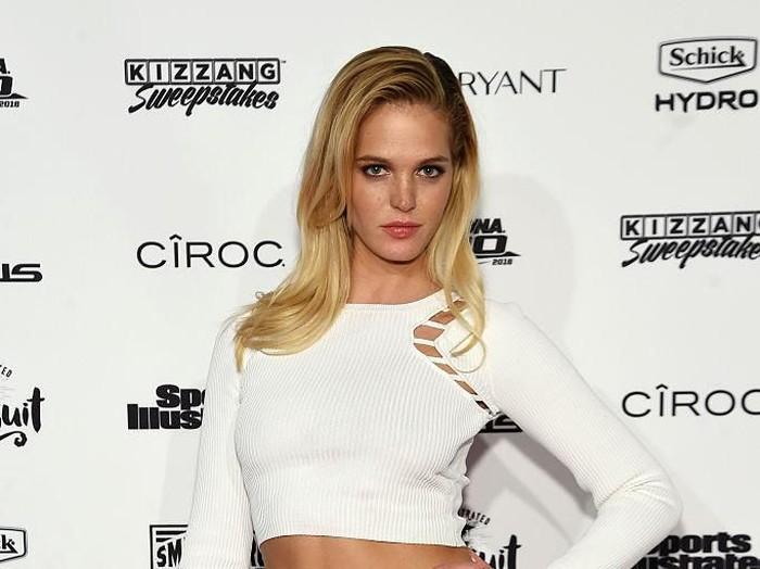 Model Erin Heatherton menyatakan dirinya bangkrut. Foto: Getty Images