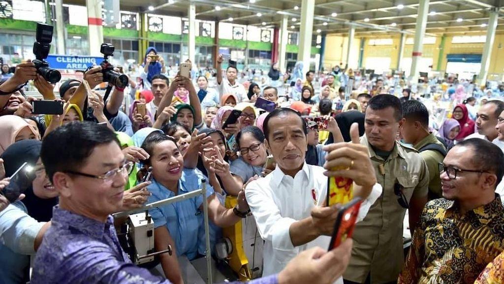 Makanan Favorit Thanos Hingga Jokowi Makan Bareng Buruh Pabrik