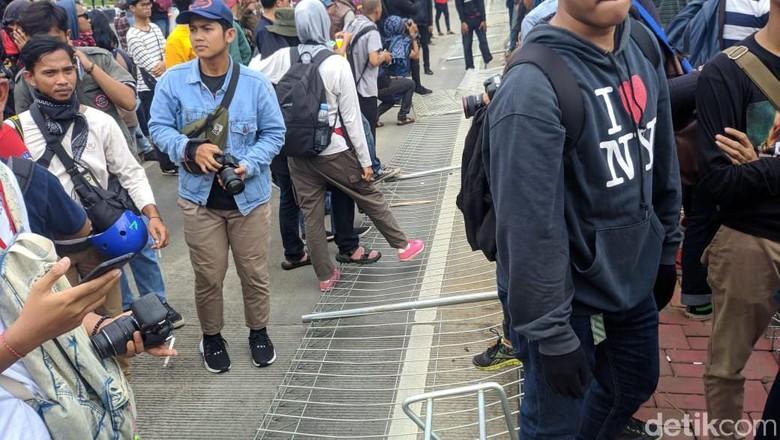Koordinator Buruh akan Diperiksa Terkait Vandalisme Massa Berbaju Hitam