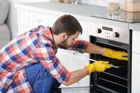 Bersihkan Oven Pakai Soda Kue dan Cuka dengan 7 Cara Ini