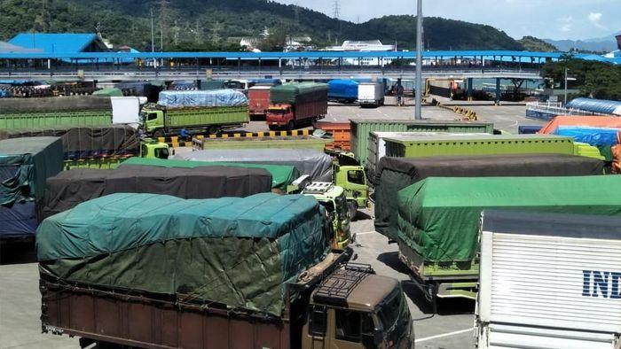Foto: Kepadatan di Pelabuhan Merak (Dok. Istimewa)
