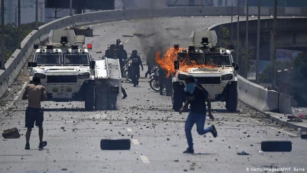 Ekonomi Merosot, Amerika Latin Dibayangi Badai Kerusuhan