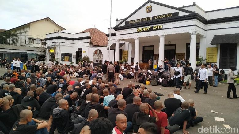 Ulah Anarcho-Syndicalism di Bandung: Merusak dan Picu Konflik