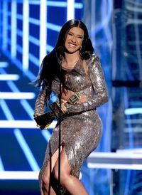 Penampilan Cardi B di Billboard Awards Setelah Operasi Payudara Pasca Lahiran
