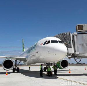 Jalan Panjang Harga Tiket Pesawat Domestik Turun