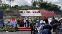 Resmikan Bendungan Gondang, Jokowi Sebut Hadiah untuk Karanganyar